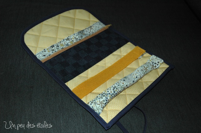 pochette-bijoux-1-ouverte