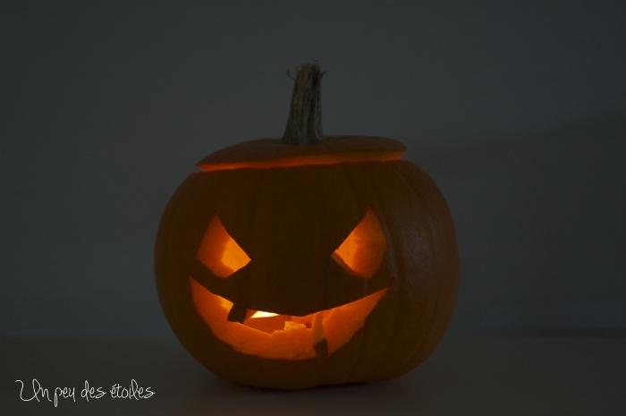 Halloween-citrouille-allumee