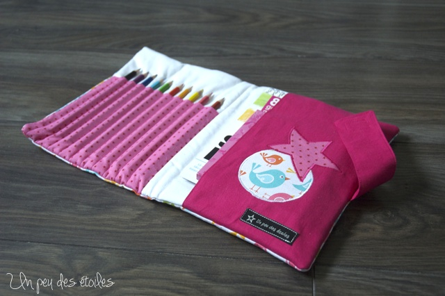 pochette-dessin-rose-ouverte