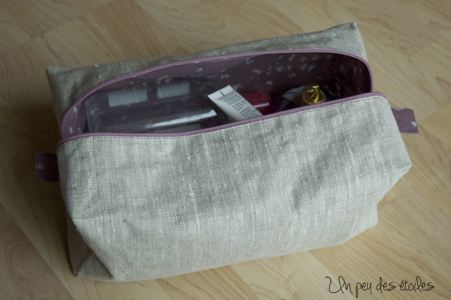 trousse-toilette-fille-interieur